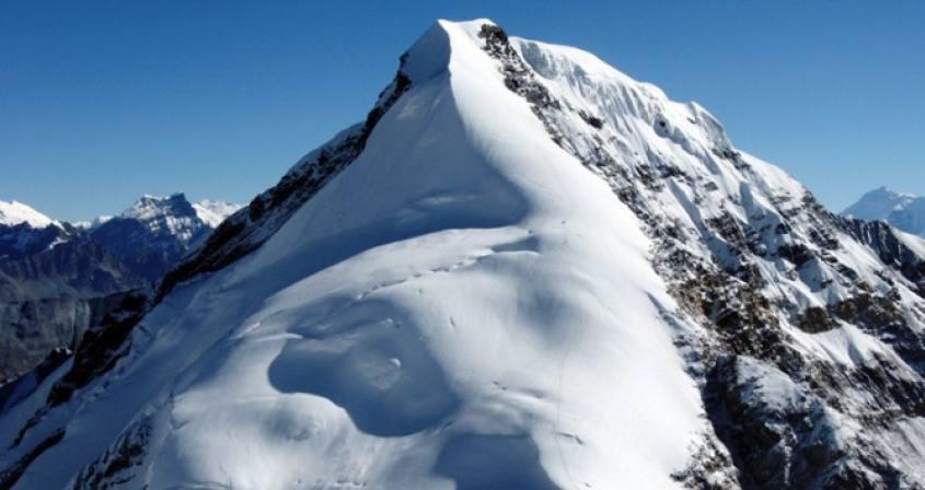 Chulu East Climbing