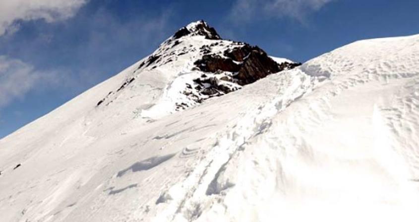 Dormo Peak Climbing