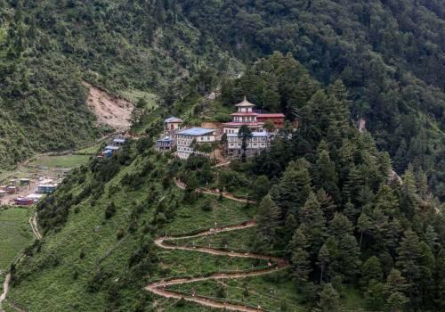Nubri Valley Trek