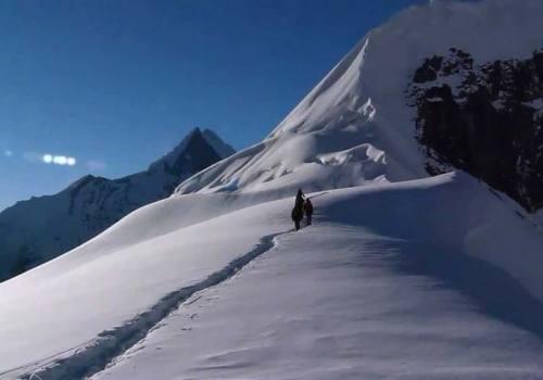 Tent Peak (Tharpu Chuli) Trekking